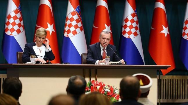 Cumhurbaşkanı Erdoğan: (Münbiç'teki saldırı) ABD'nin çekilme kararını etkileme anlamında olabilir